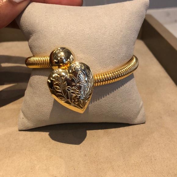 Jewelry - 1950 Gilt Locket Coil Bangle